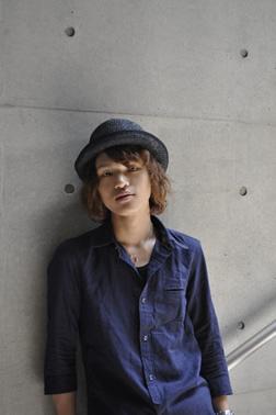 伊豆賢太の写真